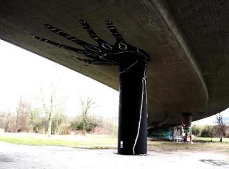 Bridge holding hand portrait